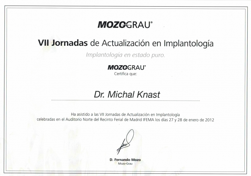 Michal-Knast-implantologia-16