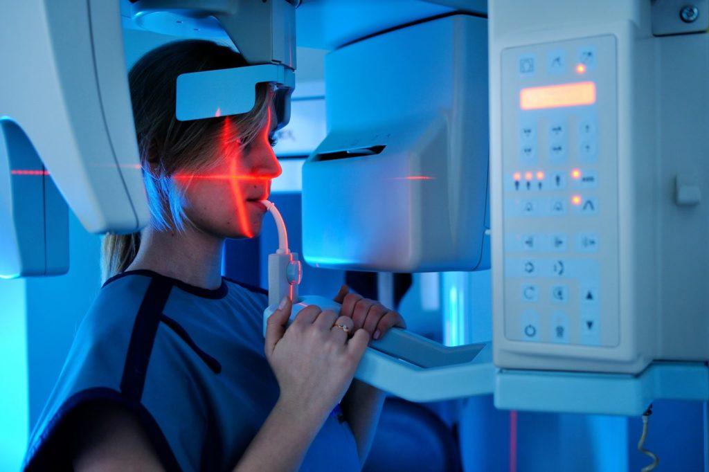 Leczenie zebow, diagnostyka zebow, rentgen, tomografia komputerowa, Dentim Clinic Katowice