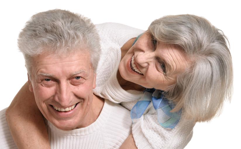 """Czymożna odzyskać piękny uśmiech w1 dzień? Cała prawda onowoczesnej metodzie leczenia implantologicznego, """"Zęby w1 dzień""""."""