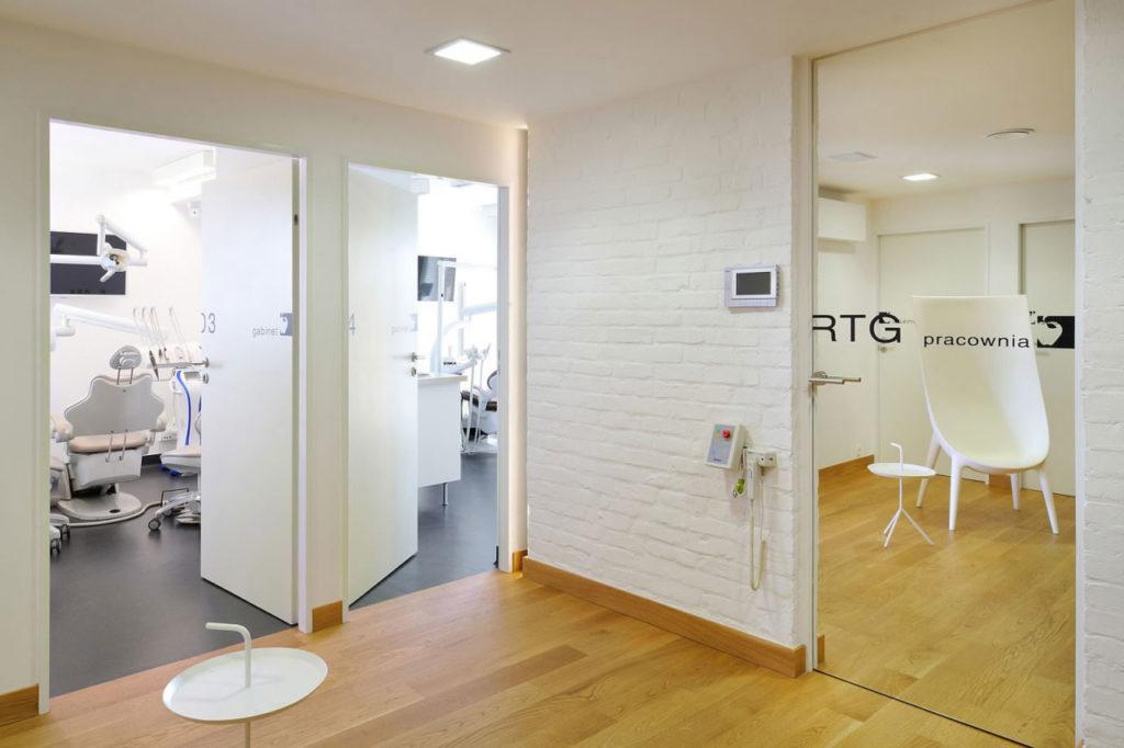 Stomatologia oraz centrum diagnostyczne w Dentim Clinic