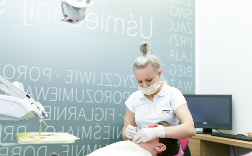 Jak prawidłowo dbać ohigienę jamy ustnej? Checklista.