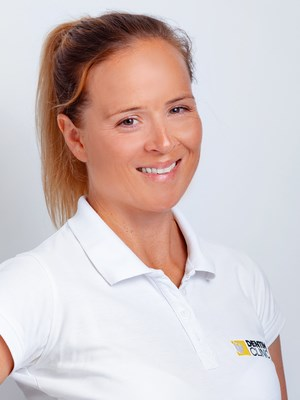 Anna Przybyła lekarz stomatlog dentim.pl  1