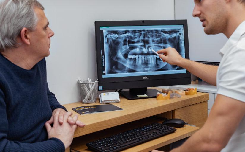 Leczenie bezzębia – jaką protezę wybrać?