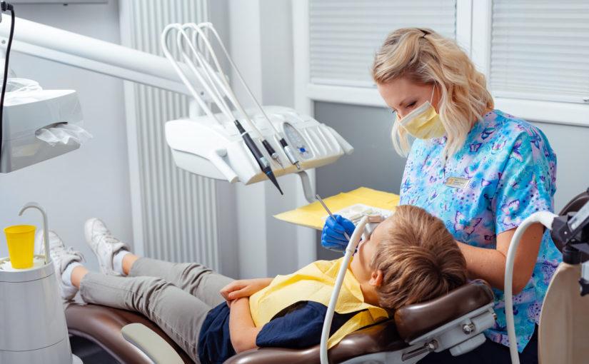 Gaz rozweselający – sposób nadentofobię ipomoc wadaptacji wgabinecie stomatologicznym