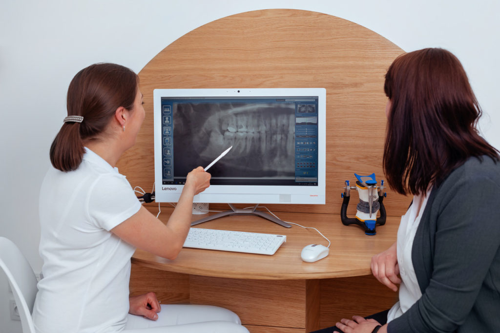 Dentim Clinic Bydgoszcz - chirurgia zębów